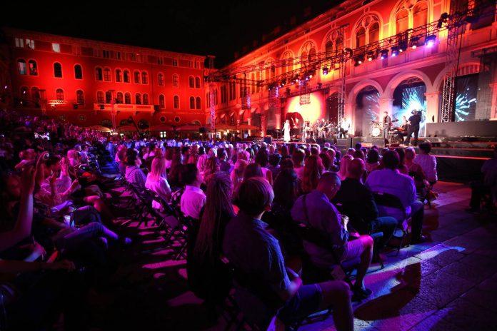 Massimo na prokurativama, 58 festival zabavne glazbe Split
